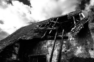崩壊、写真-485x728